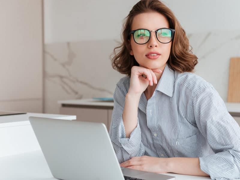blue light glasses for online teachers
